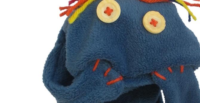 IEA_sock_puppets[1]