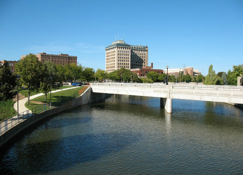 beach-garland-street-flint-river-bridge